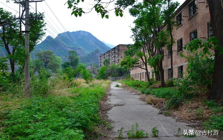 北京山中废弃军工厂,生产火箭弹64万发,有着浓郁的民国风情