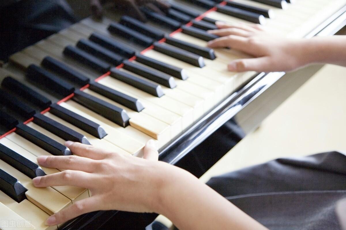 """钢琴学习中要如何练习""""节奏"""",你的孩子适合学习钢琴吗?"""
