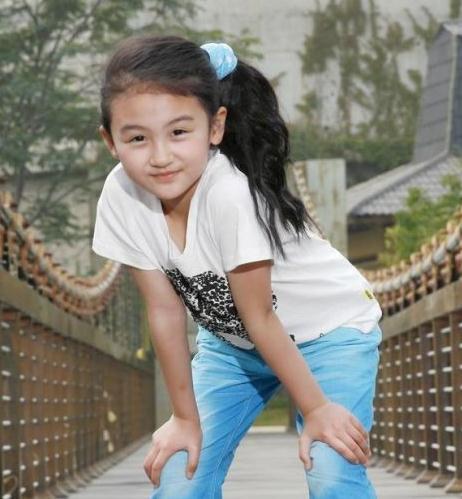 4岁出道的童星陆子艺,14岁长相被质疑,如今逆袭成美女