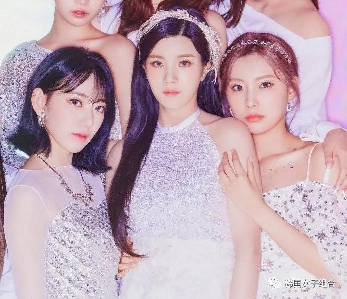 这三位女团爱豆的颜值和,五官的自我主张超绝的美女们