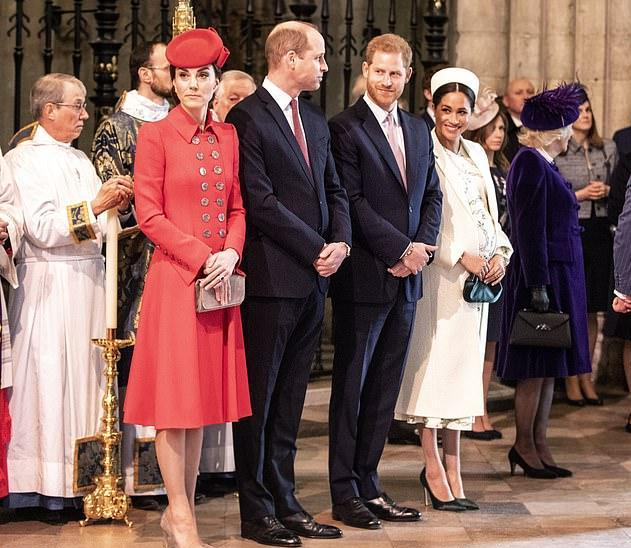 """英国王室F4将历史性重聚!梅根内心将""""惶恐不安"""",能继续高调吗"""
