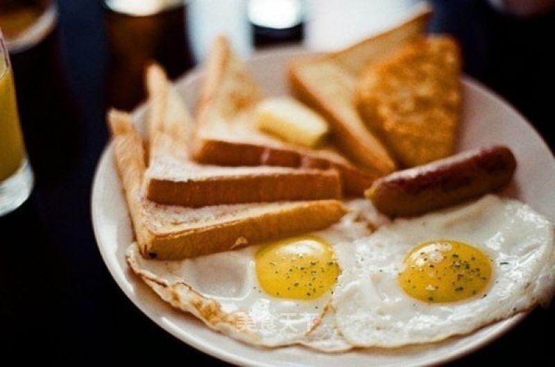 值得注意:长期不吃早餐的人,慢慢会发现身体出现4种变化
