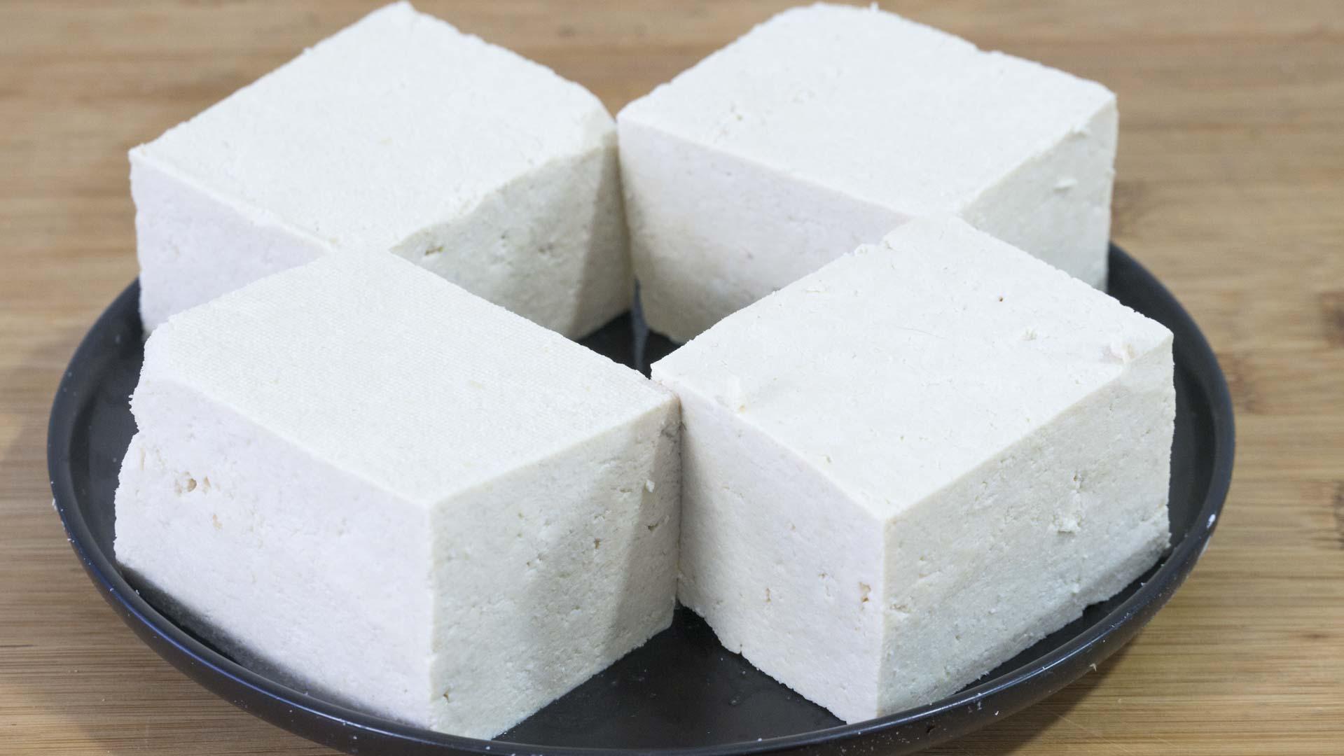 在家做豆腐,2斤黄豆出8斤豆腐,健康零添加,做法简单又好吃 美食做法 第16张
