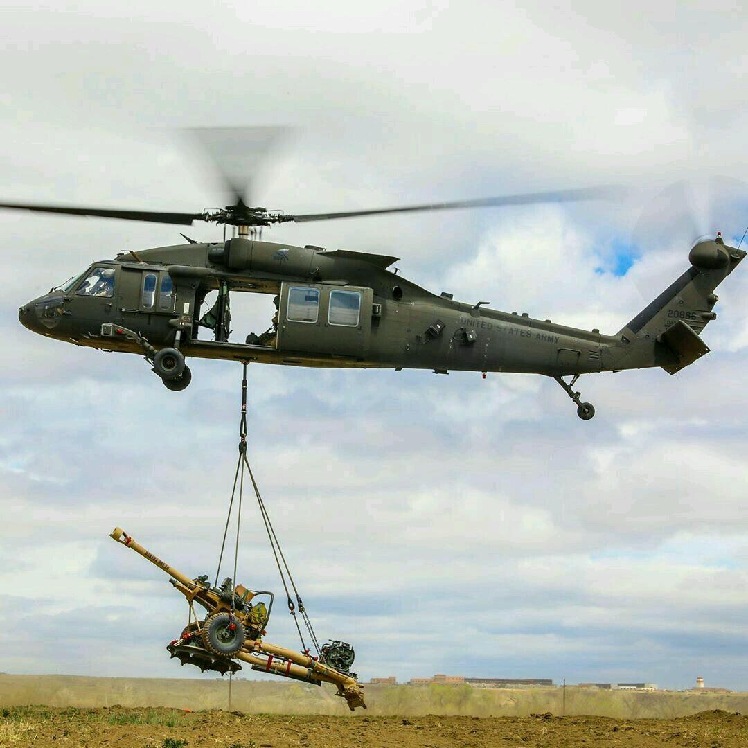 突发,美军黑鹰坠落!军用直升机坠毁纽约州,3名美军士兵丧生