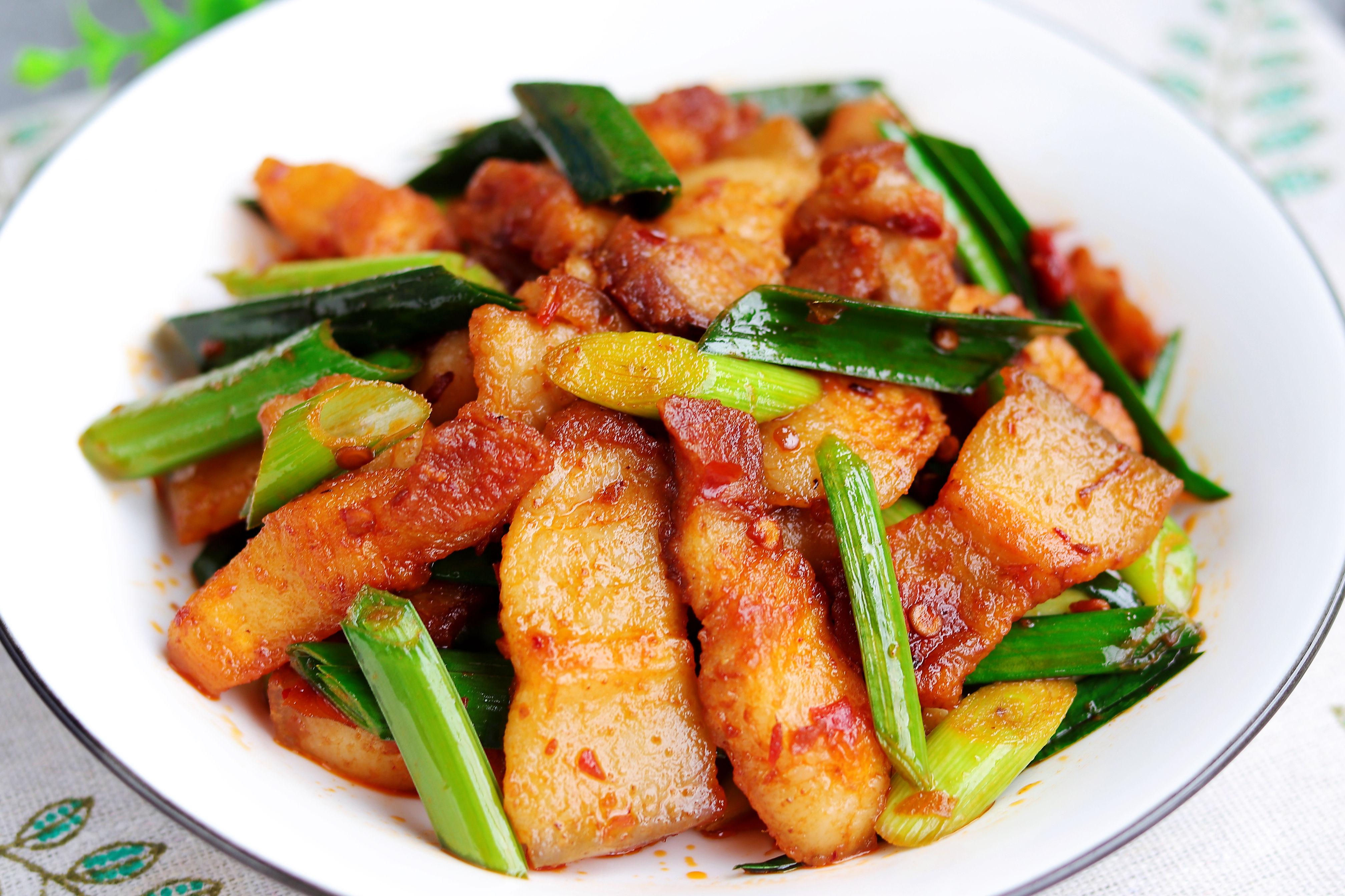 回鍋肉這樣做吃著才過癮,肥而不膩,超級下飯,每次做一盤不夠吃