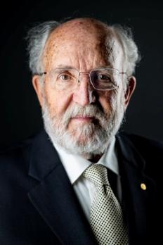 """刚刚,诺贝尔物理学奖颁给了霍金的战友们!黑洞""""吸纳""""全部奖金"""