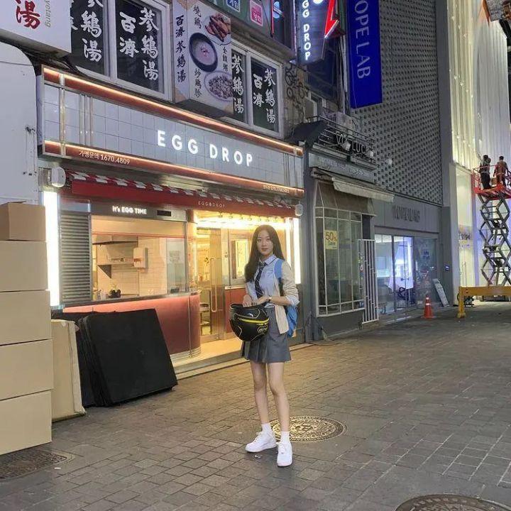 电影韩剧《女神降临》女主穿搭科普迅雷下载1080p.BD中英双字幕高清下载