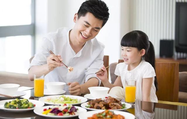 """""""吃得少,活得久""""?饭量小的人,衰老速度会更慢吗?答案告诉你"""