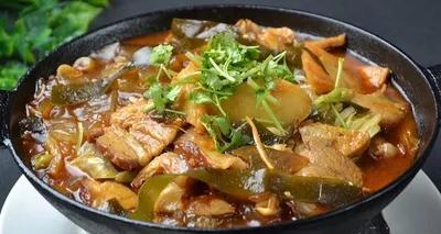 铁锅和不锈钢锅有哪些区别?看完还是感觉老祖宗的锅具更胜一筹