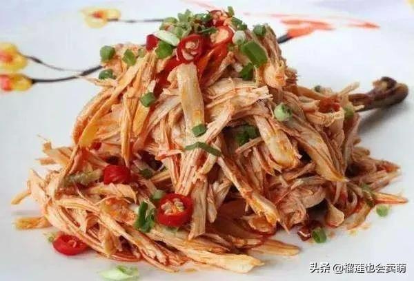 美食优选:秘制红焖羊肉,手撕鸡,火腿蒸豆腐,菠萝咕噜肉的做法 美食做法 第1张