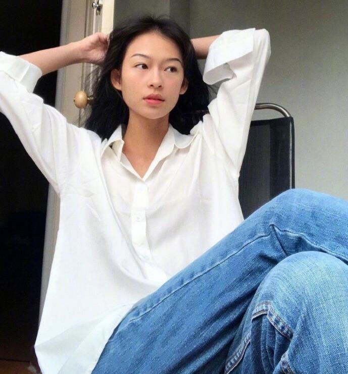 清冷高级脸的越南模特Minh Ha私下文艺清冷系的穿搭很迷人