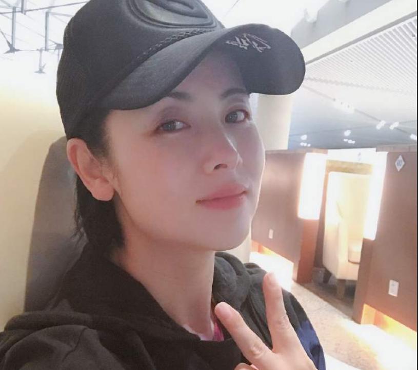 田亮妻子杨明娜出轨,女方回应曝出猛料,曾被观众评为最美师娘