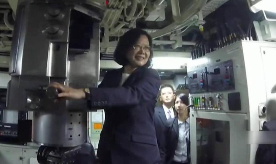 等不及了?美媒吹嘘台军潜艇实力,号称足以挡住解放军数十年