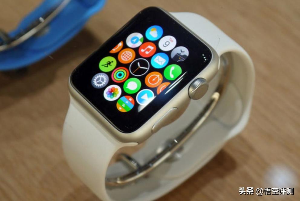 卖了一亿部!Apple Watch整体实力证实,谁才算是腕表霸者