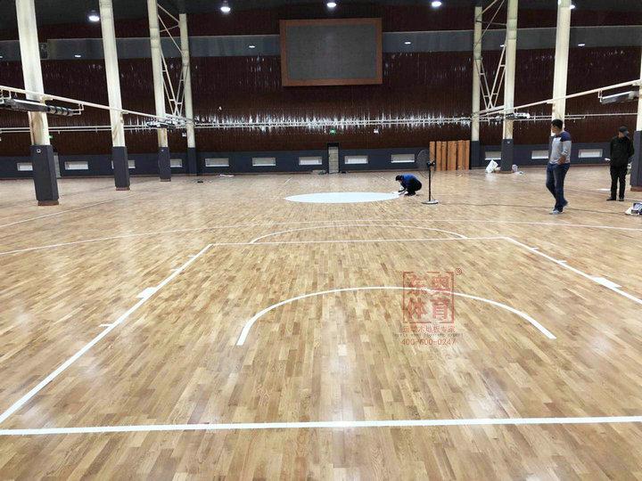 东奥体育|换季时运动木地板该怎么保养?