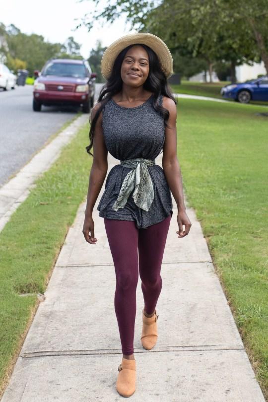 美国黑人女子每天穿18个小时塑身衣,腰细得仅巴掌宽还称想更细