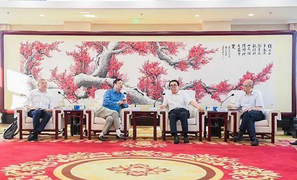 ASML和英飞凌布局中国,任正非拜会中科院院长,背后意味深长