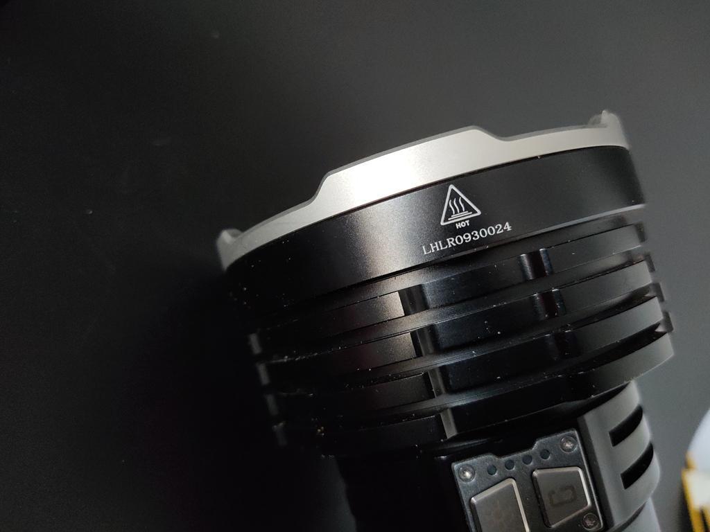菲尼克斯LR50R 多功能搜救手电 为严酷环境而生