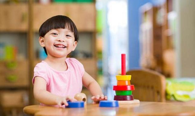 从小玩具少和玩具多的孩子,长大后会有什么区别?这几点差距明显
