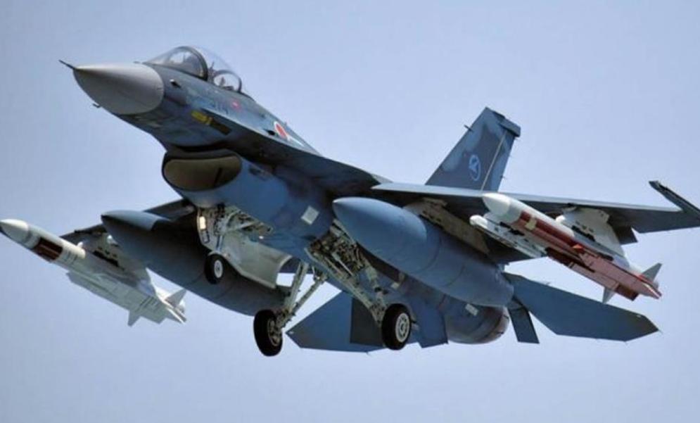 美日东海上空联合训练,牵制中国?外交部:你们才是真正破坏因素