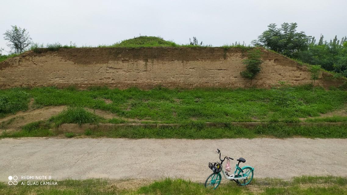 西安生活:石渠阁遗址,藏在未央宫遗址区的深处