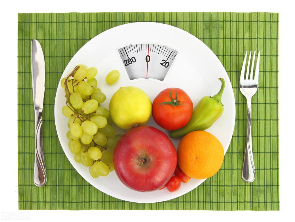 提醒大家:减肥期间,晚上常吃3种食物,减肥效果或会大打折扣