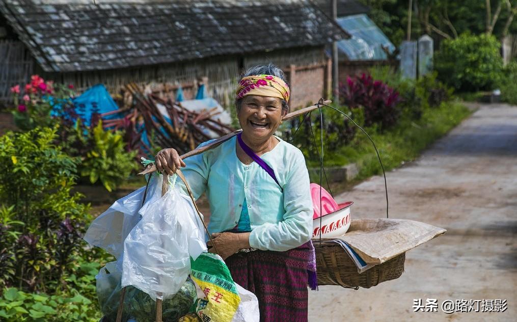 云南很适合养老的小城,冬比昆明暖,夏比北海凉,你知道是哪吗?