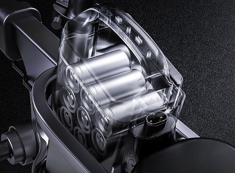 这款电动车采用无链条传动,10秒快速折叠,助力续航200公里