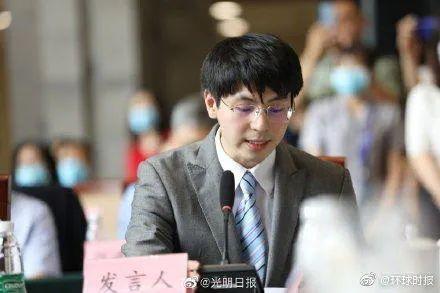 """【8点见】西贝餐饮创始人称公司加班""""715"""",不违反劳动法?"""