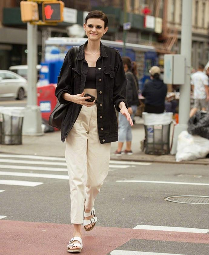 """穿衣自由的""""美式穿搭"""",时髦洋气又新潮,教你如何一衣穿多季"""