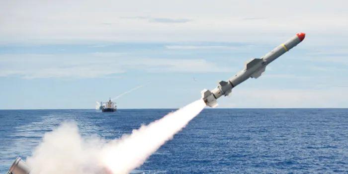 今天,美国对台海做了一个更危险的动作