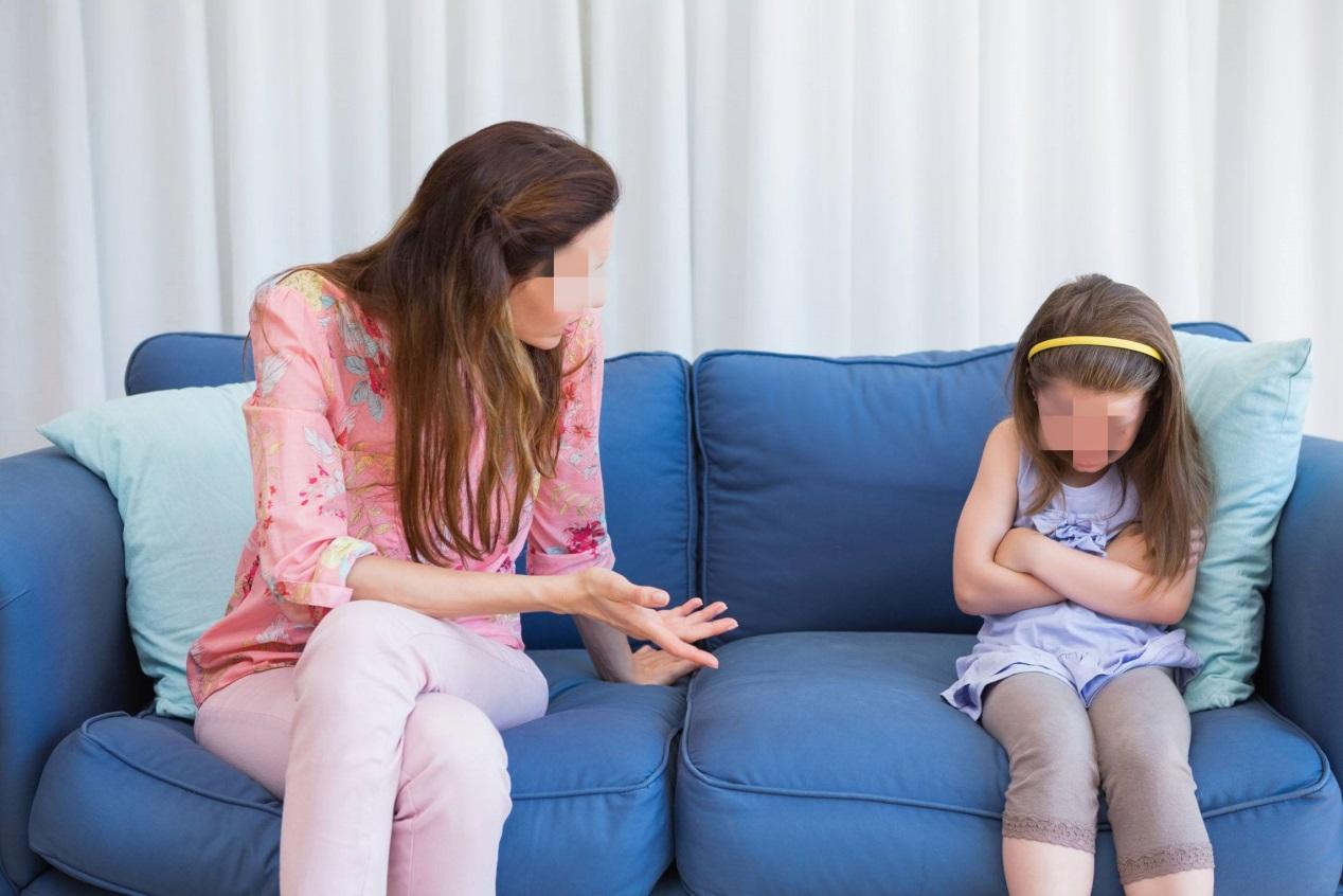 不合格家长惯有的几种行为,被人民日报点名批评,父母长点儿心吧