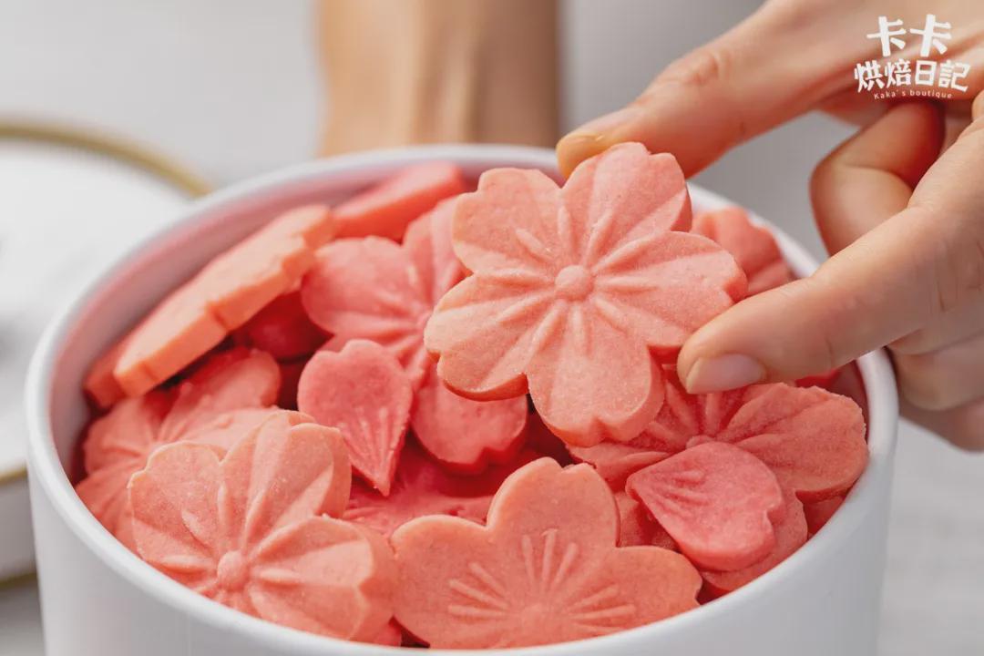 红遍全网的小饼干!又美又仙,一咬满口酥香