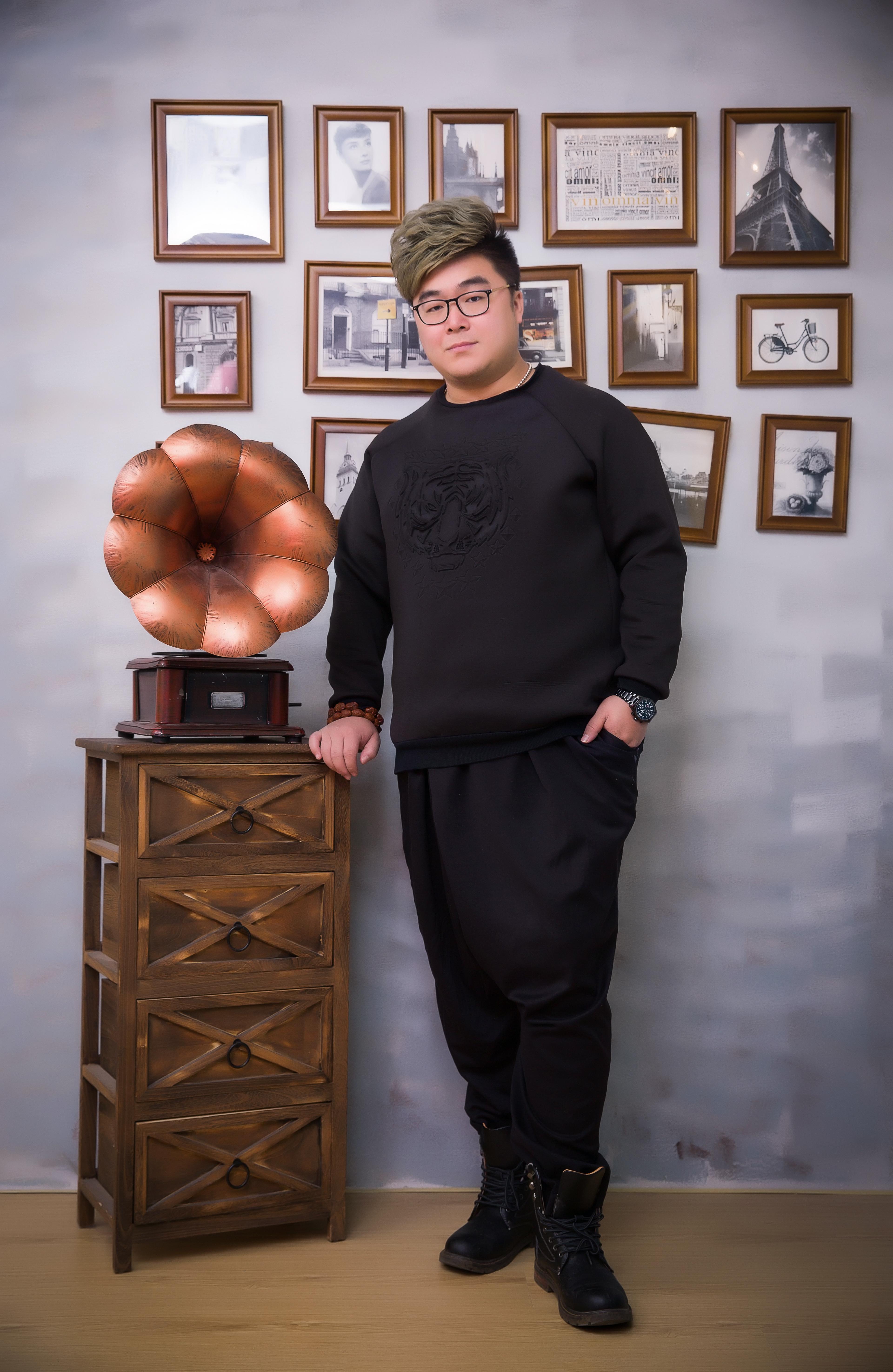 全国少儿声乐名师榜勒荣多吉(潘强)