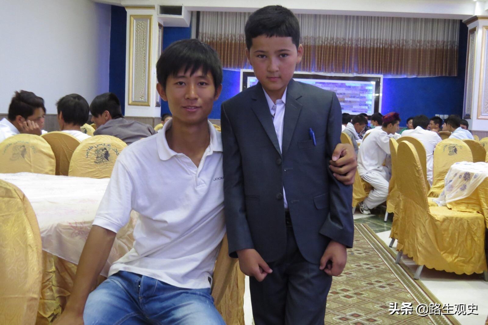 """阿富汗有個族群被稱為""""中國人"""",黃面板,約有600-800萬人"""