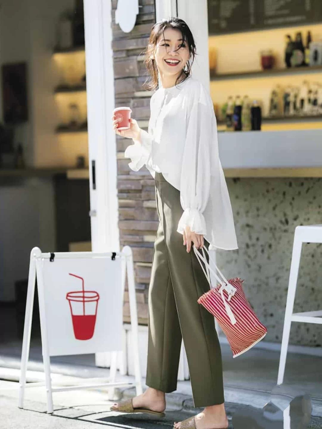 夏季衬衣太普通?看日系女性如何穿基础衬衣,时尚简约又优雅
