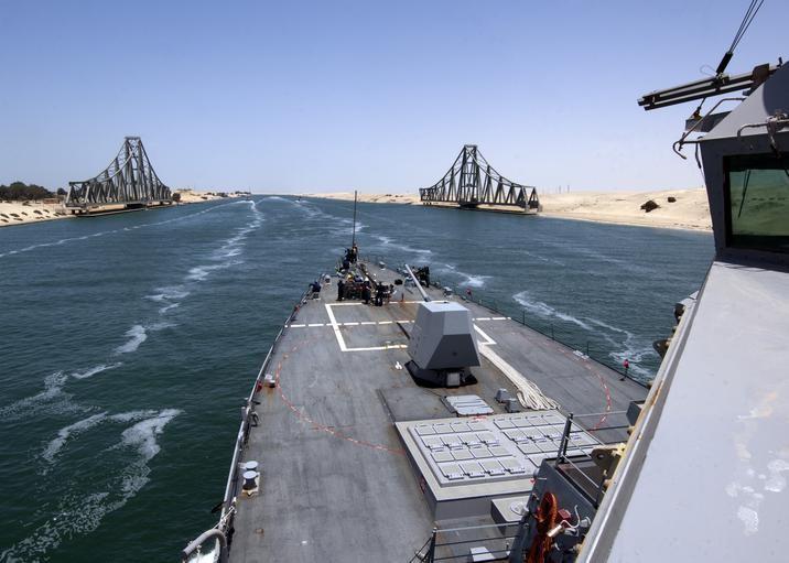 """该轮到""""基建狂魔""""中国上场了?苏伊士运河被堵,美军部署被打乱 中国 苏伊士运河 美军 第2张"""