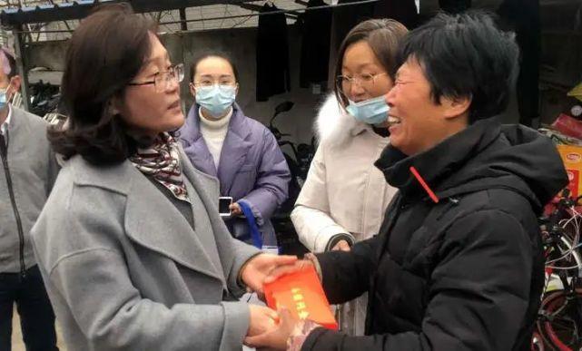小女儿还在读幼儿园!浙江36岁的哥车内身亡,妻子回忆让人泪目