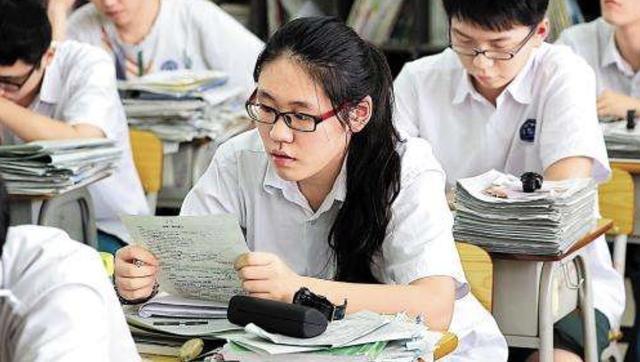 换个思路聊高考作文,从姚安娜出道,看2021年高考作文
