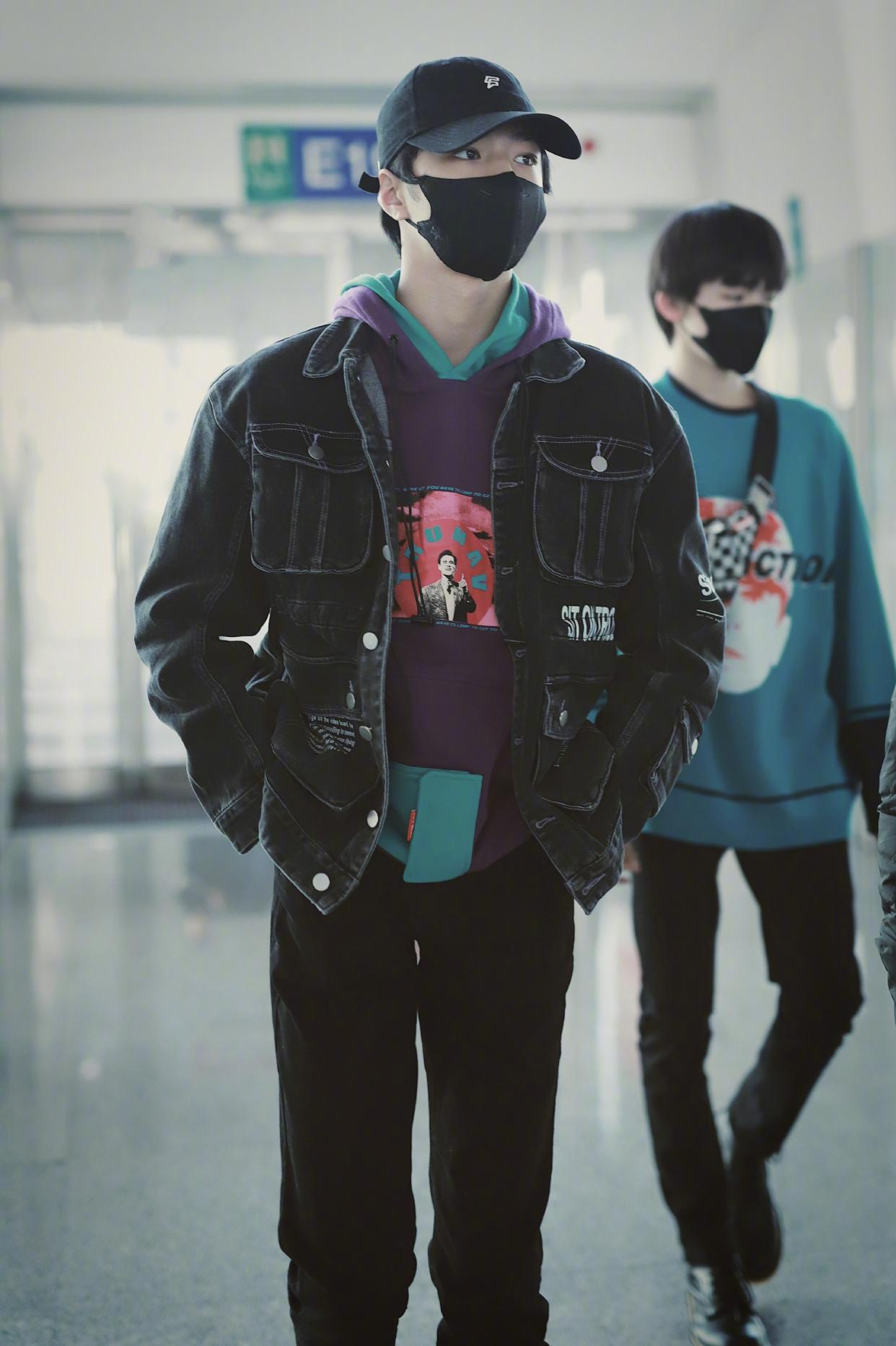 养成系少年刘耀文,狼崽到狼王,成熟还是憨憨?穿搭也是理想型