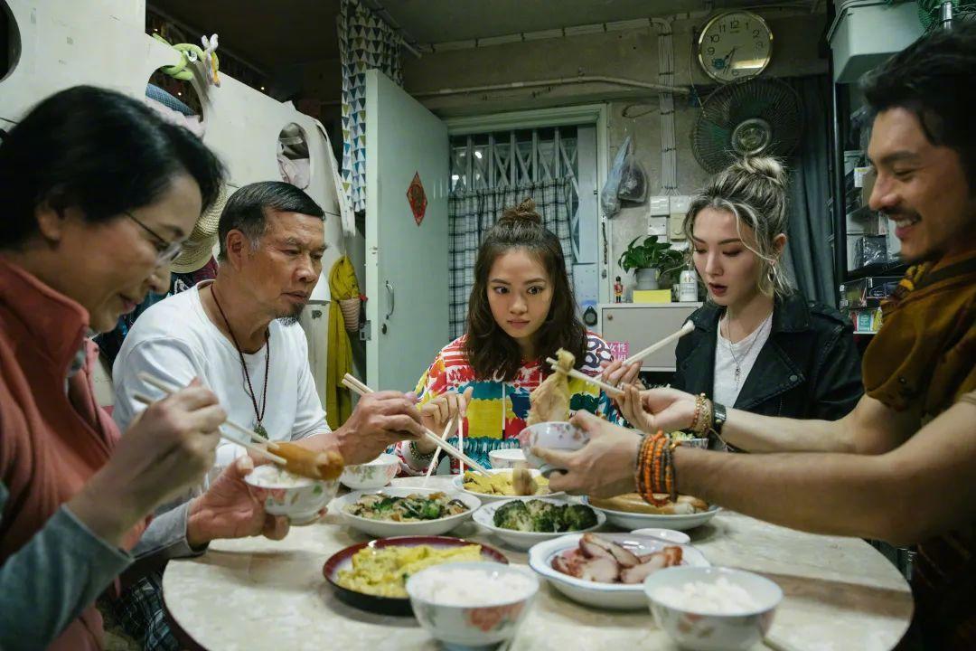 """王浩信再夺视帝TVB""""水后""""出炉?港剧没死,但已无人扛旗"""