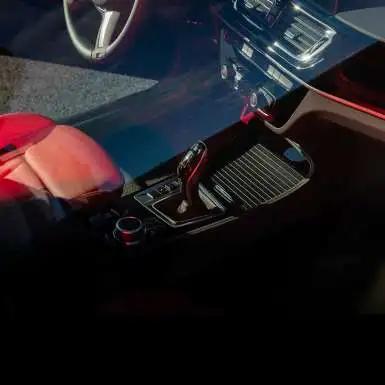 BMW 1系运动轿车 给生活加点创新猛料