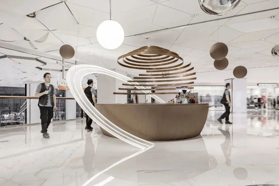 两家风格迥异的迷你咖啡馆,咖啡和设计都很有想法