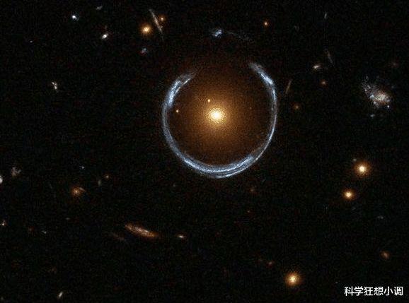 愛因斯坦沒有看錯,它確實存在,哈勃望遠鏡拍下了真實的圖片