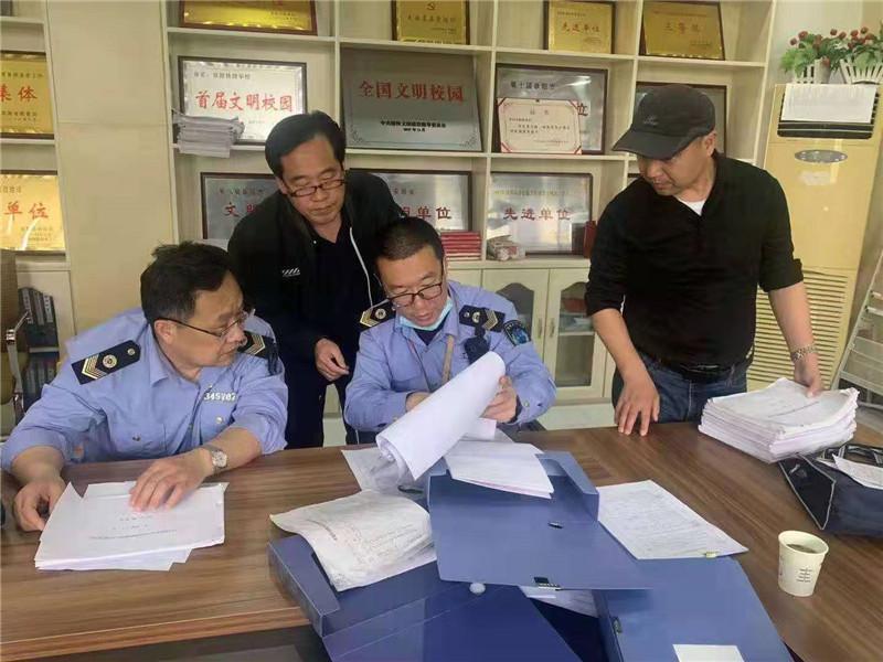 阜阳市卫生健康综合执法支队督查学校疫情防控工作