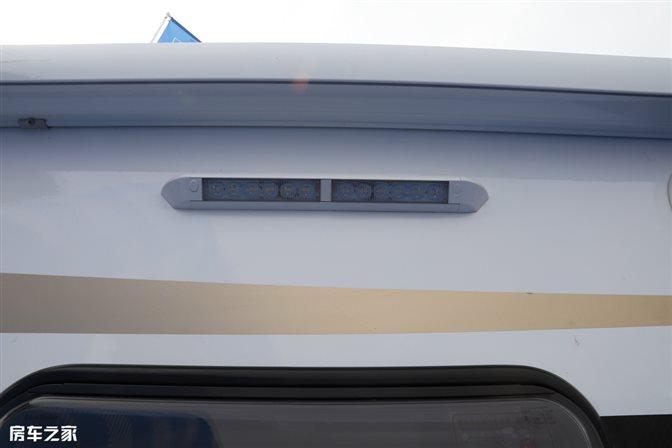 轻盈灵动精致奢华,浪漫与自由的完美结合,法美瑞福特T型房车