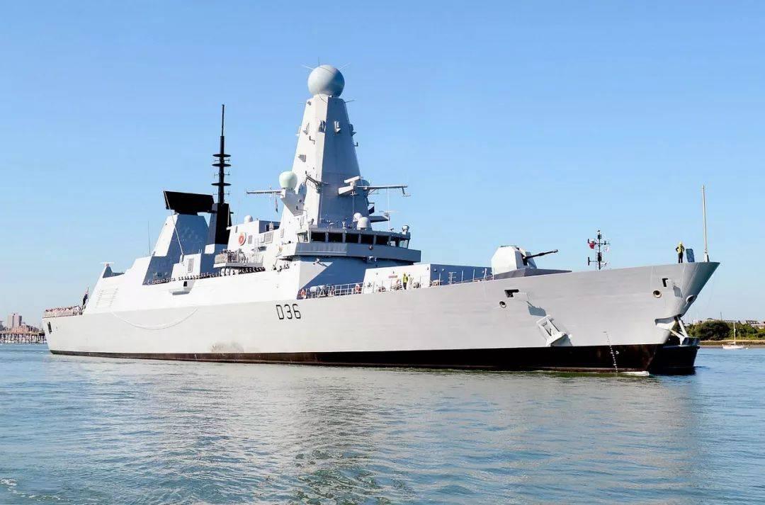 外媒認為中國軍機已常駐南海島礁,變身不沉的航母,說明了什麼?