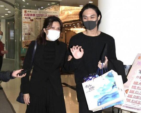 周星驰被曝出演《功夫2》,邀约吴孟达儿子客串,影迷们双手支持