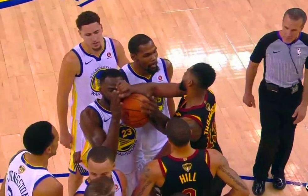 打球「髒」怎麼了?Kobe當年評價追夢綠:NBA沒有骯髒的概念!-黑特籃球-NBA新聞影音圖片分享社區