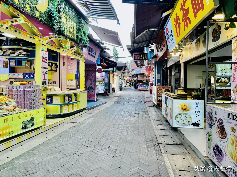 临近春节的厦门:游客减少步行街门可罗雀,商家艰难硬撑